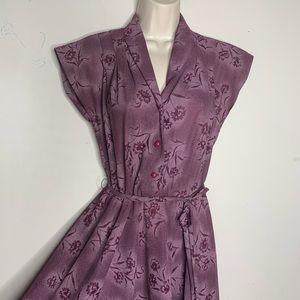 Dresses & Skirts - Vintage 70s purple floral boho tie waist dress